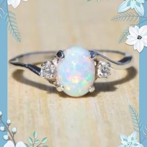 💚NEW💚White Fire Opal Ring